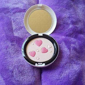 MAC Cosmetics Makeup - MAC cosmetic Archies girls collection